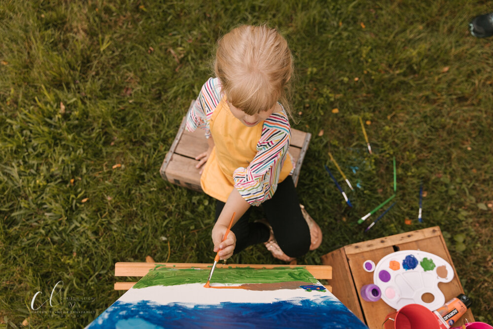 Art_inspired_fourth_birthday_photoshoot_birthday_session_with_paints_paint_splatter_art_shoot_in_Kinsmans_Ohio_by_Child_and_family_Photographer_Christie_Leigh_Photo-4.JPG