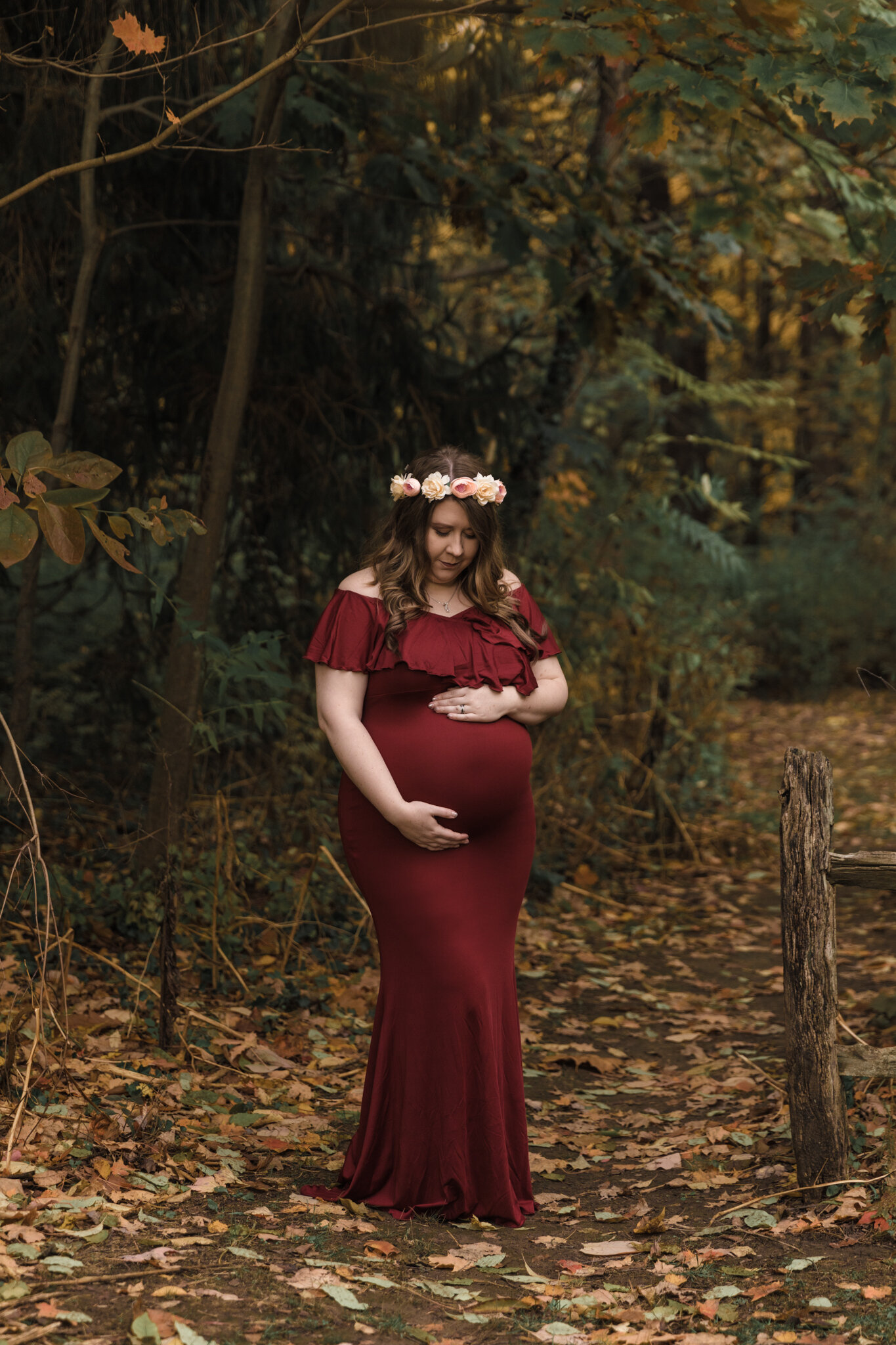 Professional_Maternity_Photography_Lifestyle_Maternity_Session_at_Mill_Creek_Metro_Parks_Rose_Garden_Youngstown_Ohio_by_Newborn_and_Maternity_Photographer_Christie_Leigh_Photo-2.JPG