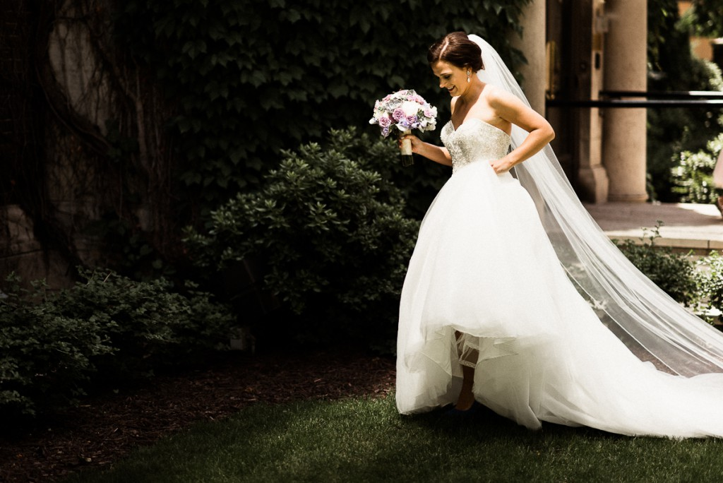 bride walking up to groom for first look at Minneapolis club