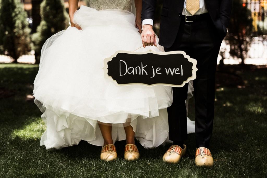 Dutch Thank You sign at wedding