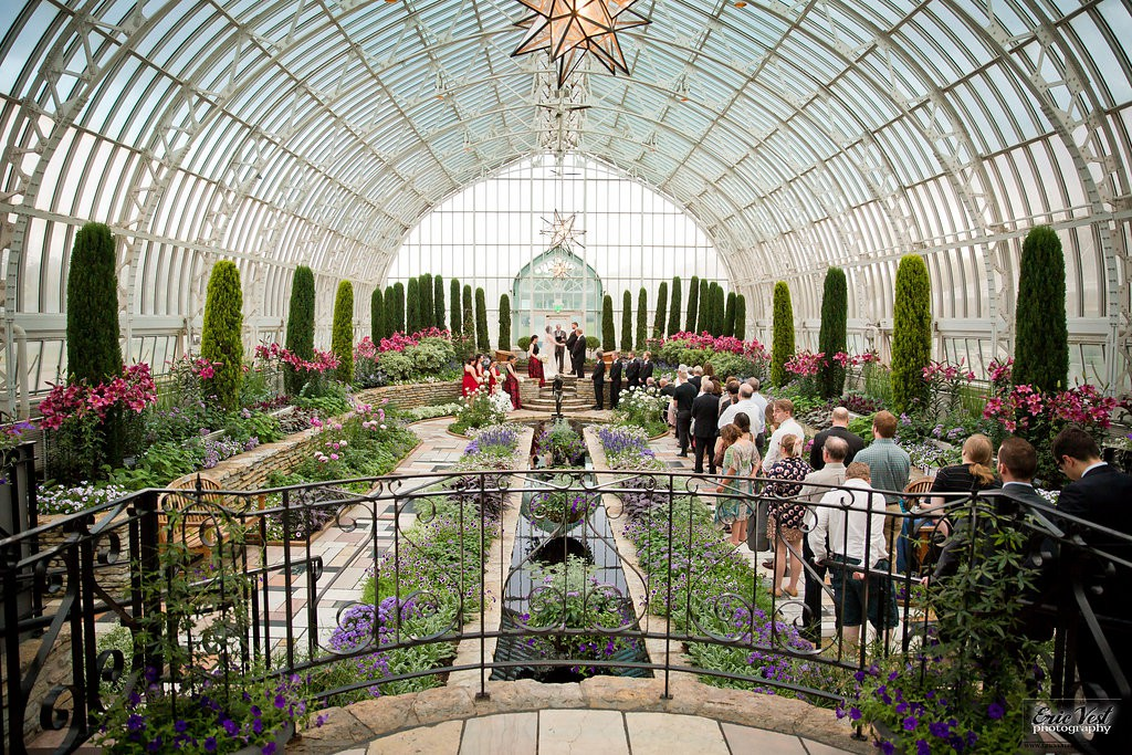 Wedding ceremony at Como Park Zoo and Conservatory