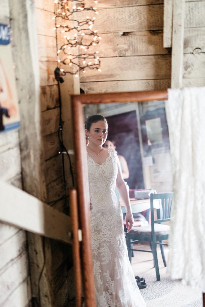 bridal portrait at Red Barn Farm