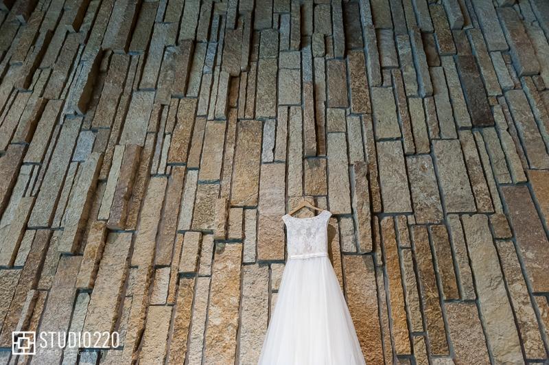 lace bodice wedding dress