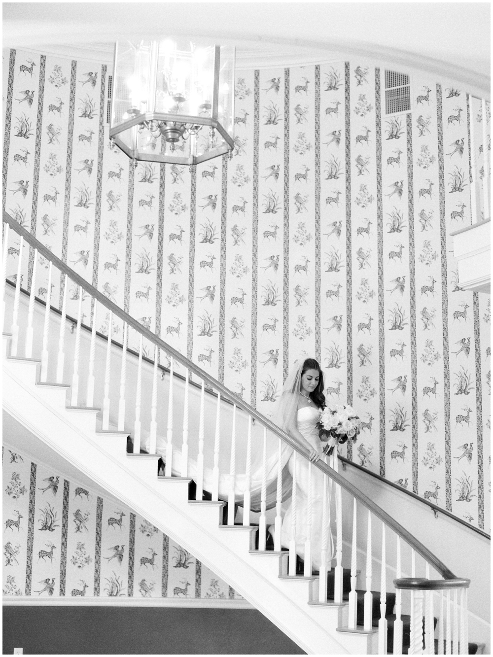MN Weddings-White Bear Yacht Club_0014.jpg