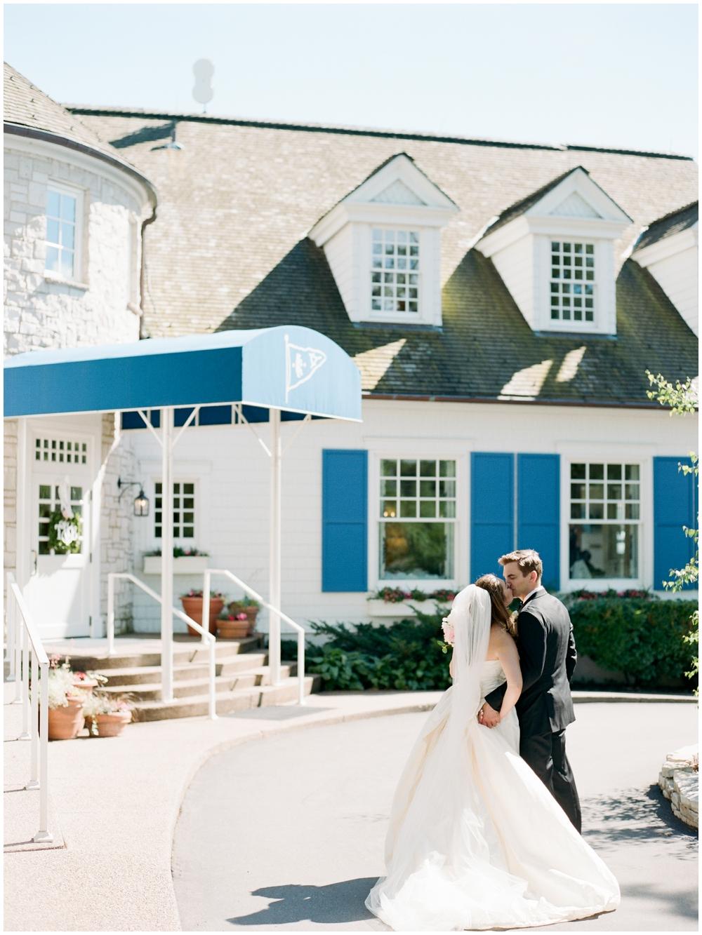MN Weddings-White Bear Yacht Club_0021.jpg
