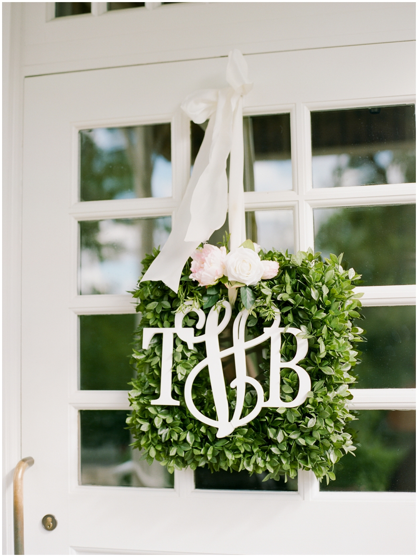 MN Weddings-White Bear Yacht Club_0028.jpg
