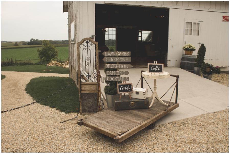 MN Wedding Planner. Legacy Hill Farm_0334.jpg