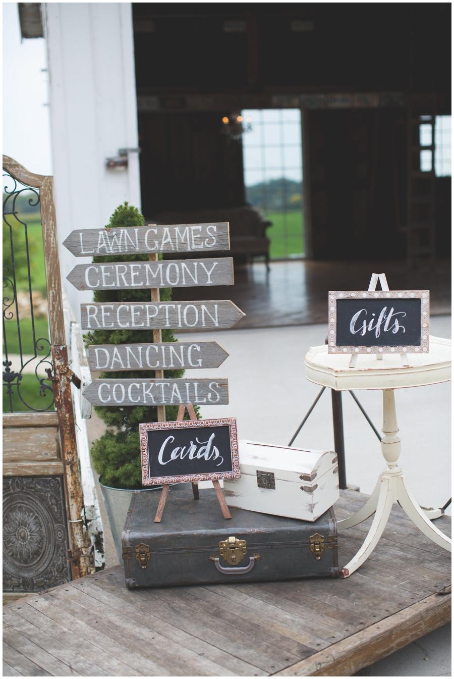 MN Wedding Planner. Legacy Hill Farm_0371.jpg