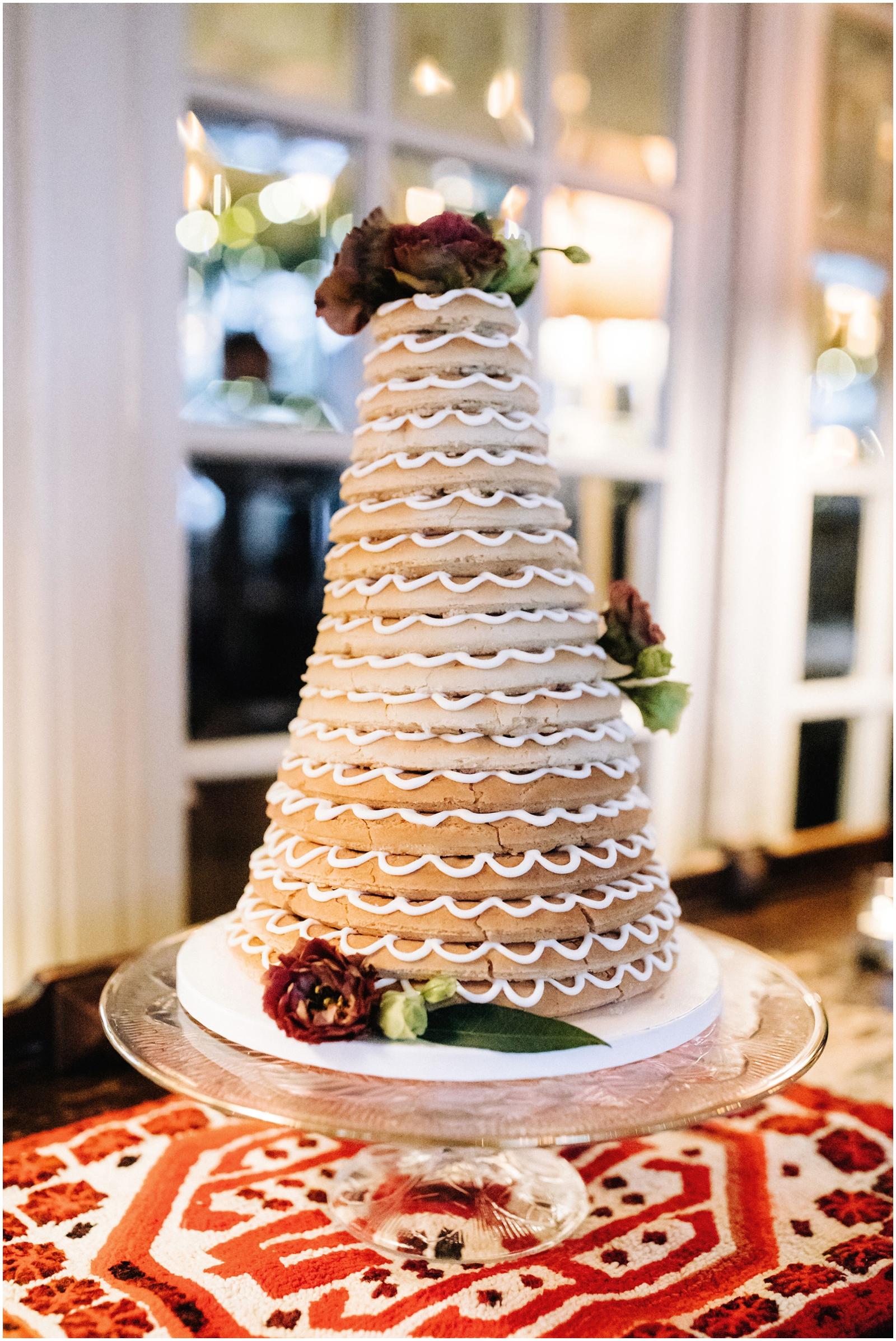 Minnesota Wedding Planner, Mpls Wedding Planner, Machine Shop MPLS, Mpls Wedding Venue . Wedding Cake