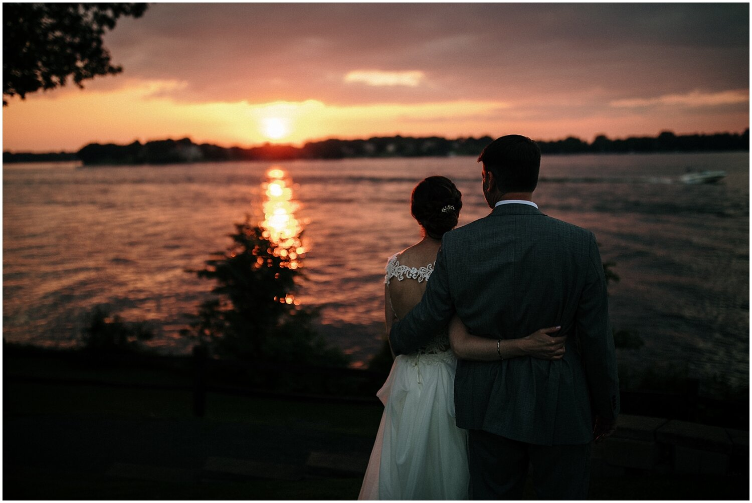 bride and groom's sunset photos