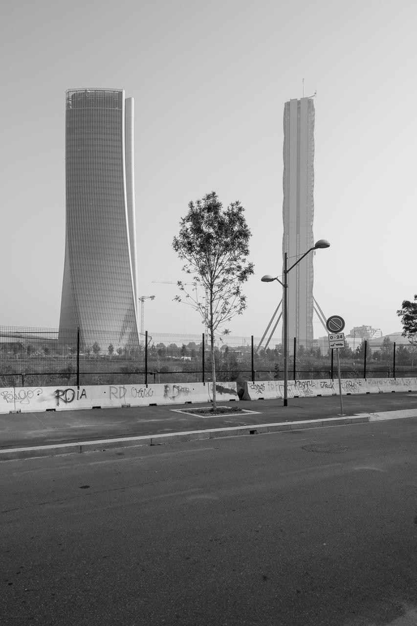 Zaha Hadid Architects / Torre Generali | Arata Isozaki + Andrea Maffei / Torre Allianz | Citylife - Milano