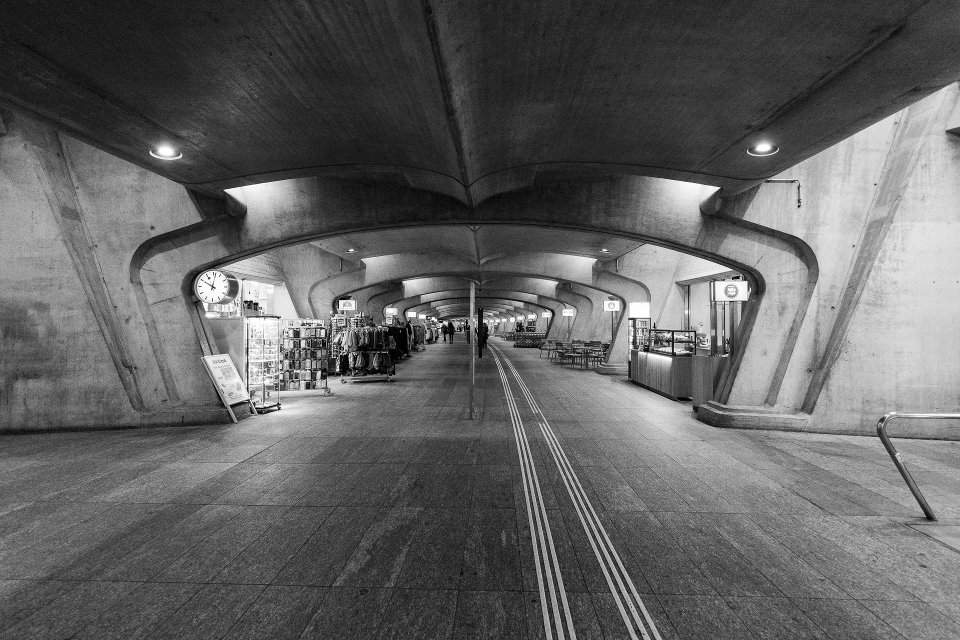 Santiago Calatrava / Zürich Stadelhofen railway station