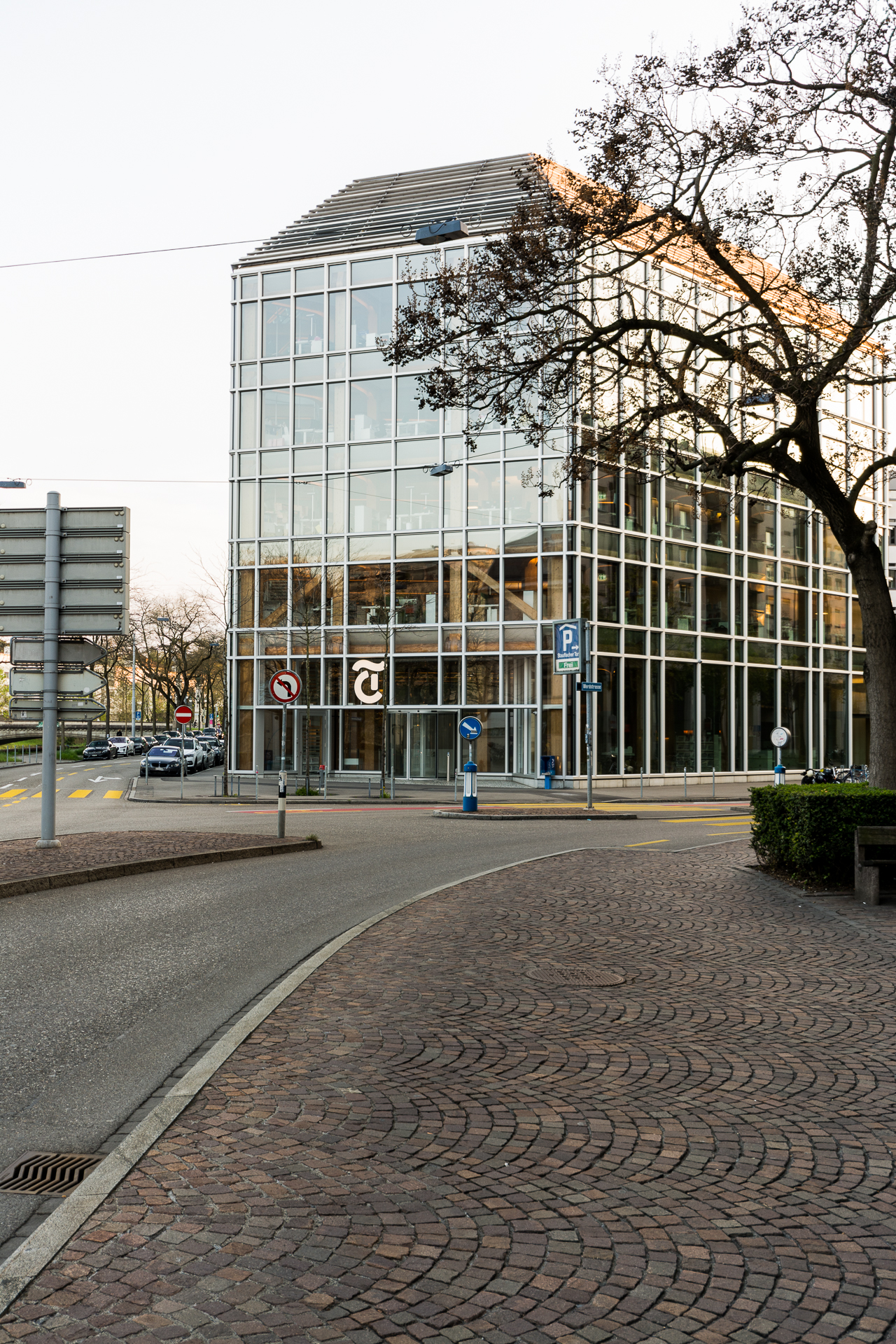 Sigeru Ban / Tamedia Office Building - Zürich