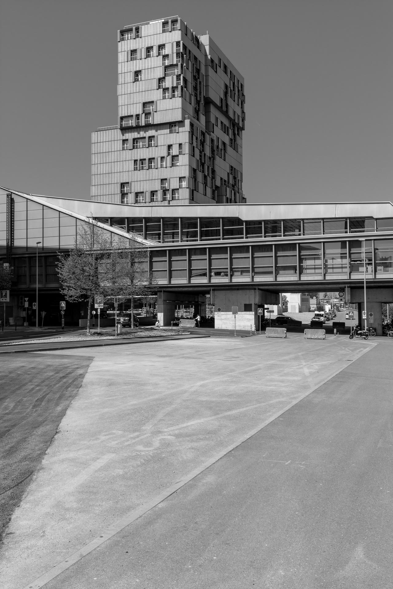 Herzog & de Meuron / Meret Oppenheim Hochhaus