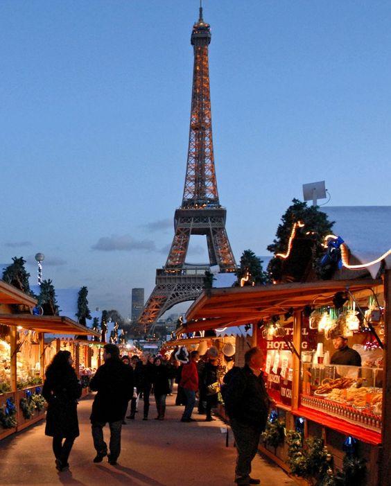50 Must Do's in Paris