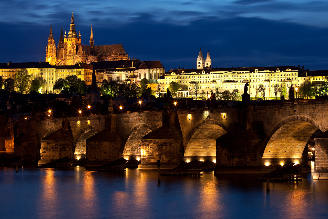 Charles Bridge & Castle