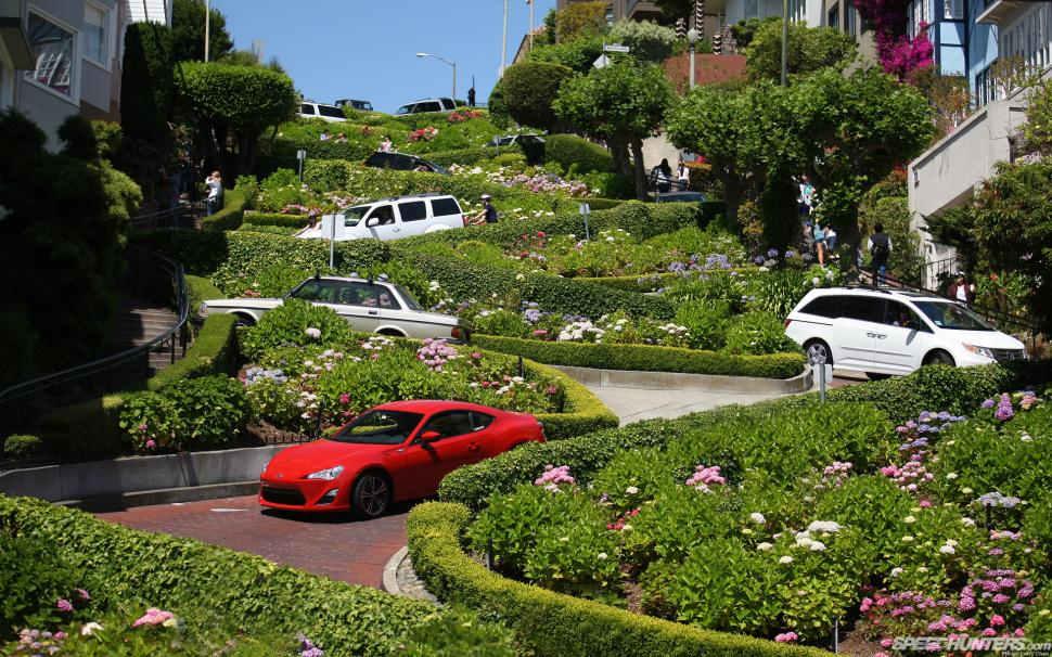 Lombard Street SF.jpg