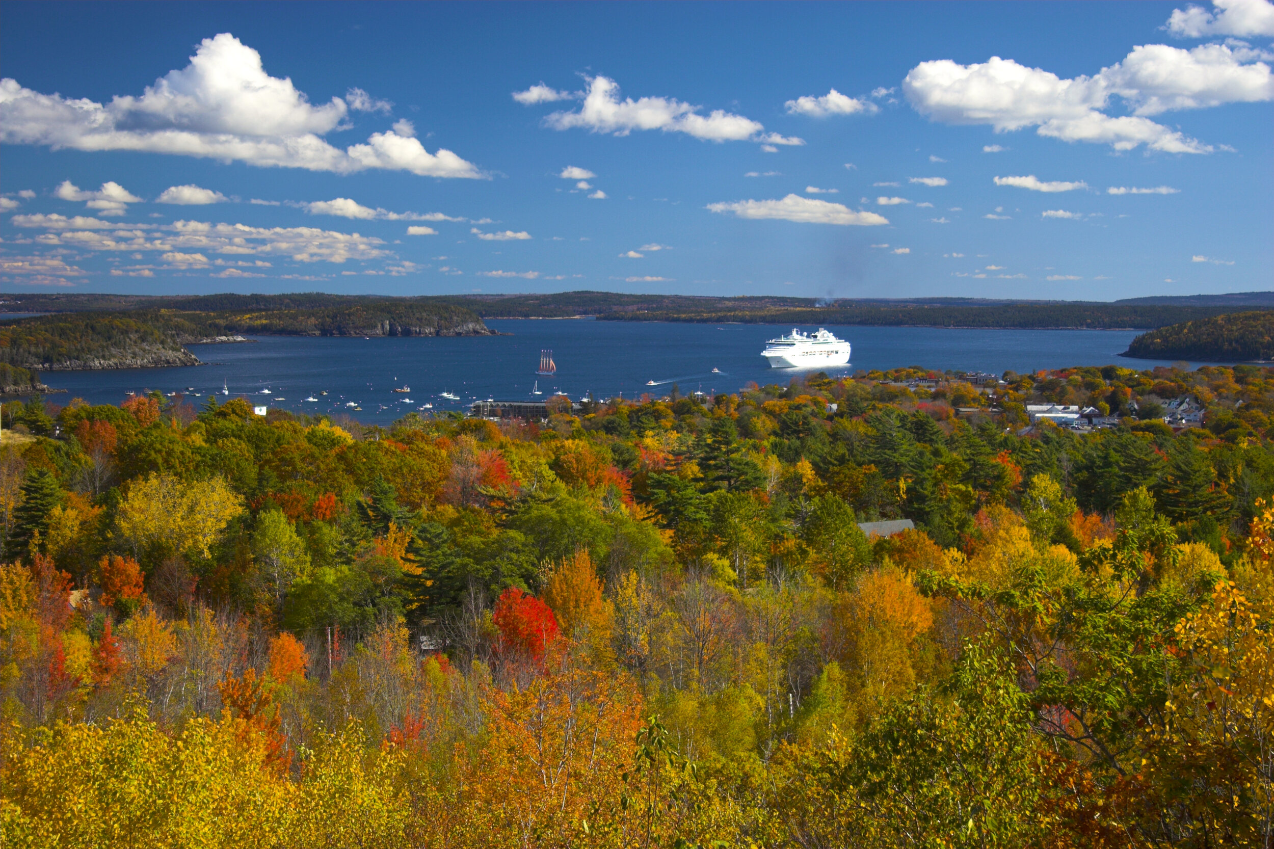 Fall foliage cruise canada.jpg