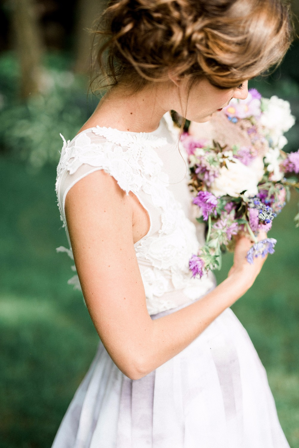 618515_how-to-have-a-purple-watercolor-wedding.jpg
