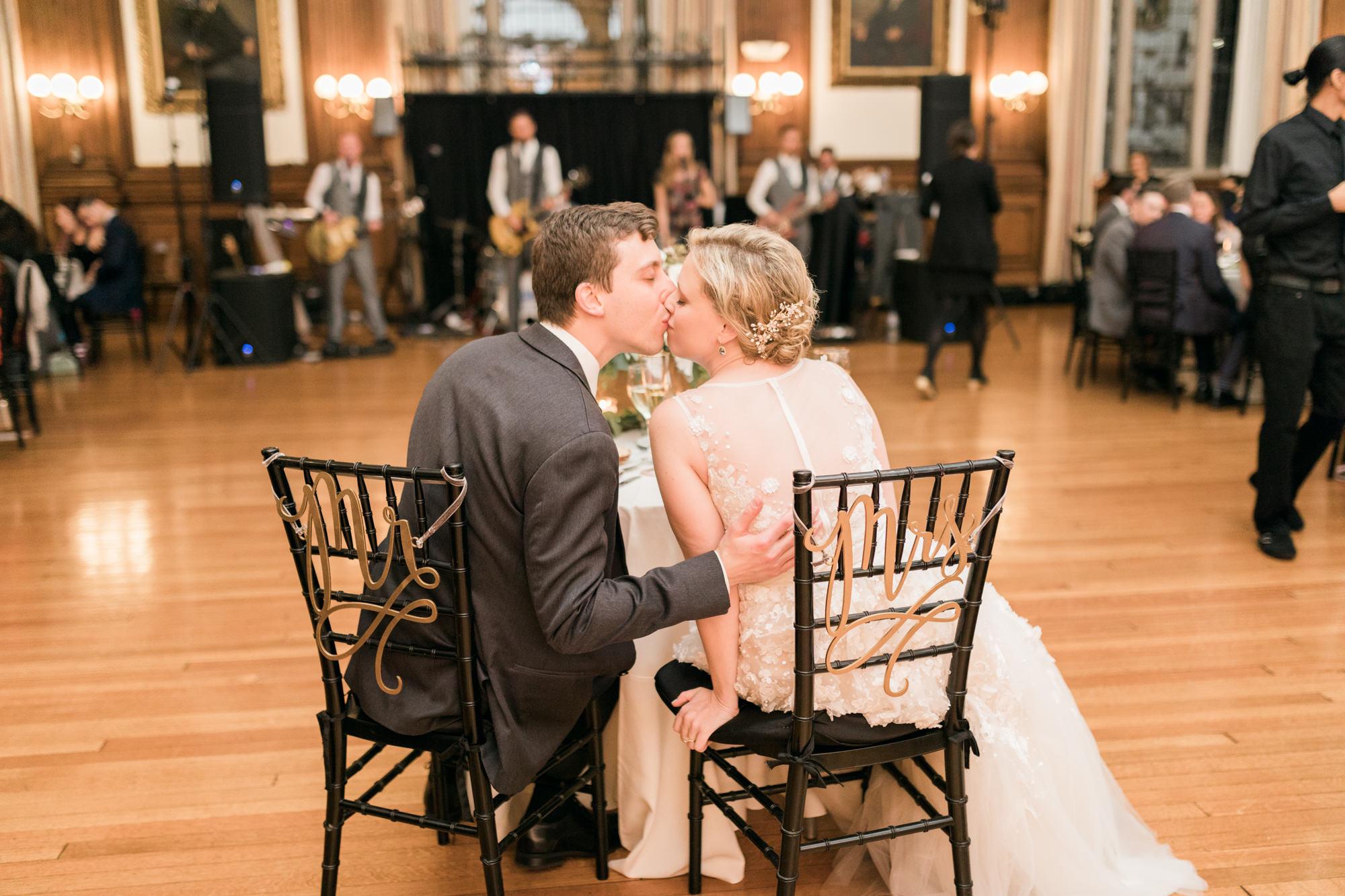 haley-richter-photography-autumn-college-of-physicians-wedding-philadelphia--336.jpg