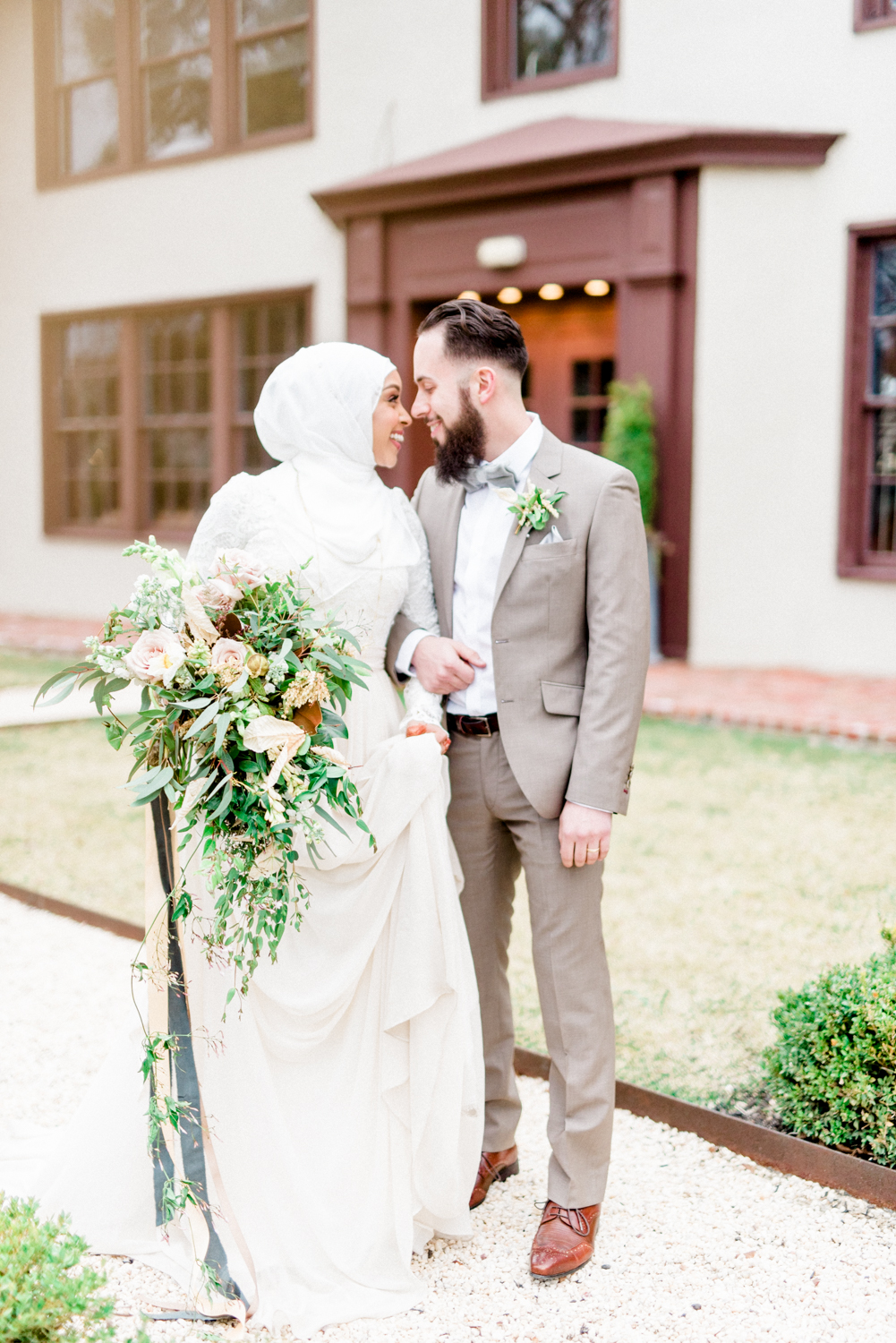 East meets west in this Muslim wedding inspiration shoot at Hotel du Village in New Hope, Pennsylvania