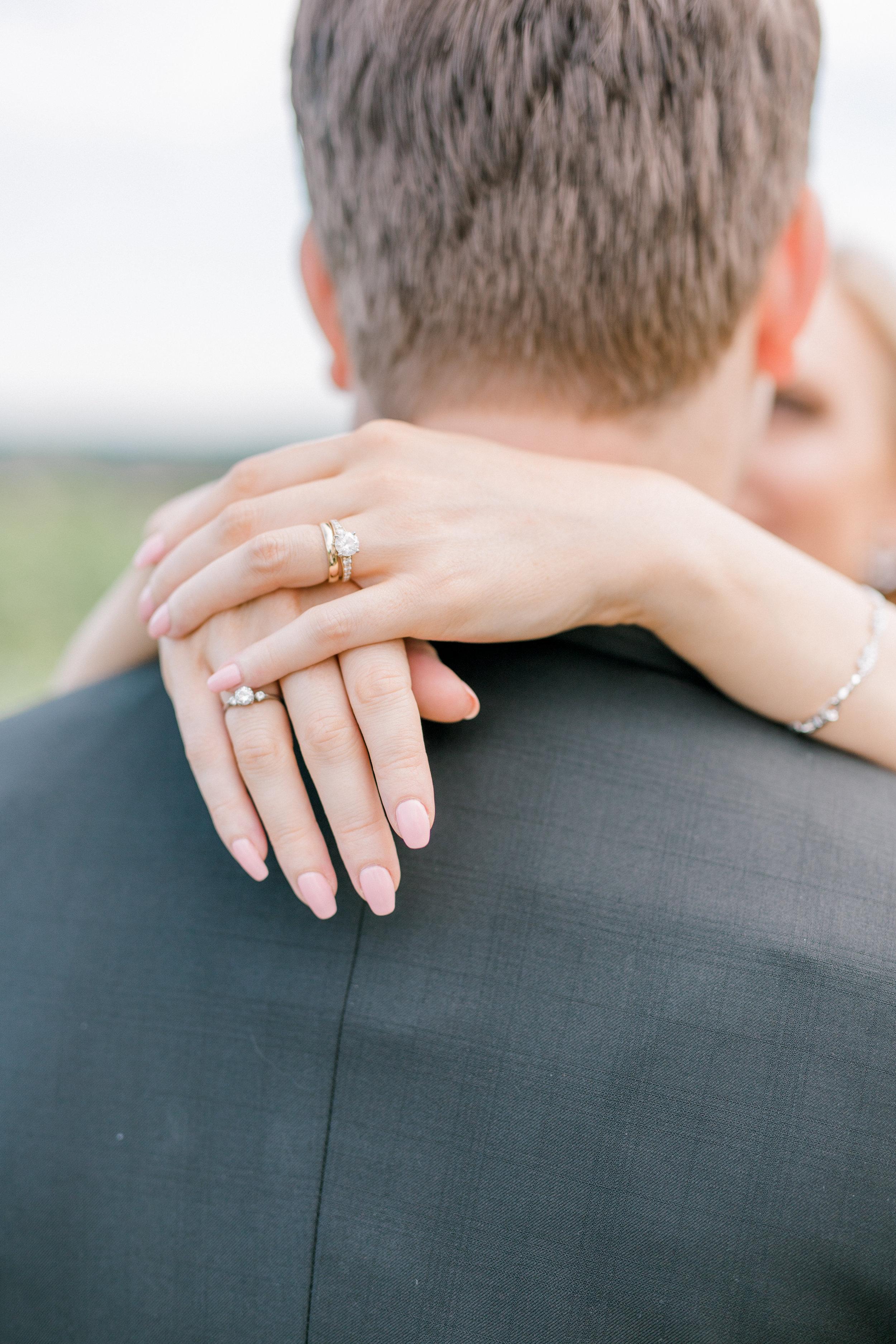haley-richter-photography-summer-winery-vineyard-wedding-bride-jewelry-style-elegant-gold-diamond-pink-manicure