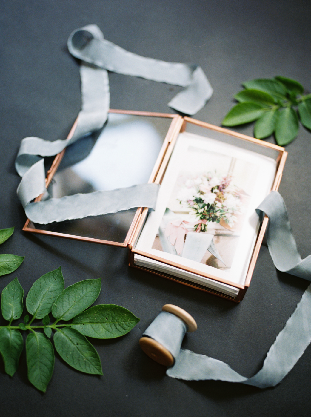 glass print box for wedding photos