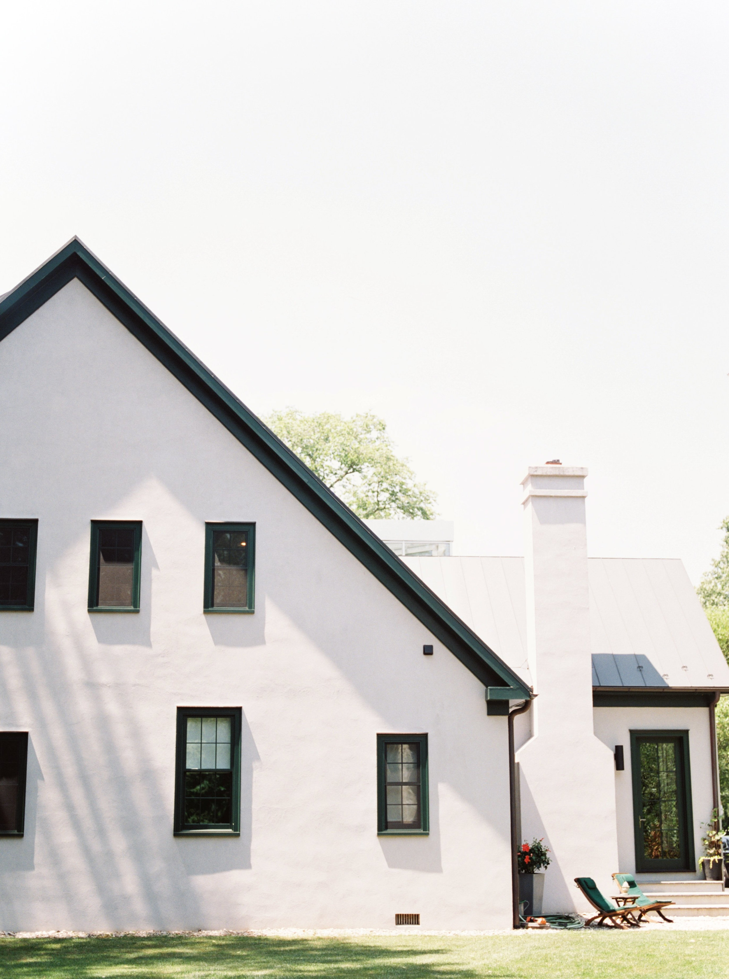 We love the old architecture of this sleek home in New Hope, Pennsylvania. It made the perfect summer getting ready location for this Hotel du Village wedding.