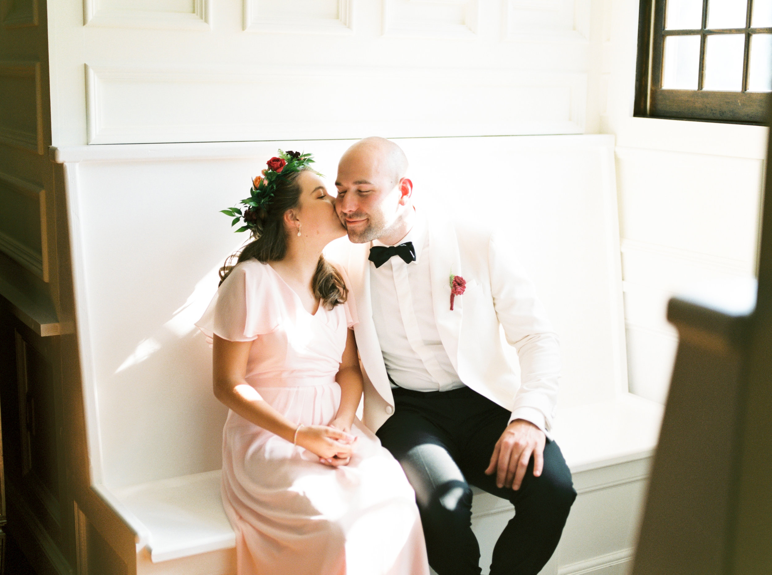 James got ready with his daughter in the sun-filled bridal suite for his modern summer wedding at Hotel du Village.