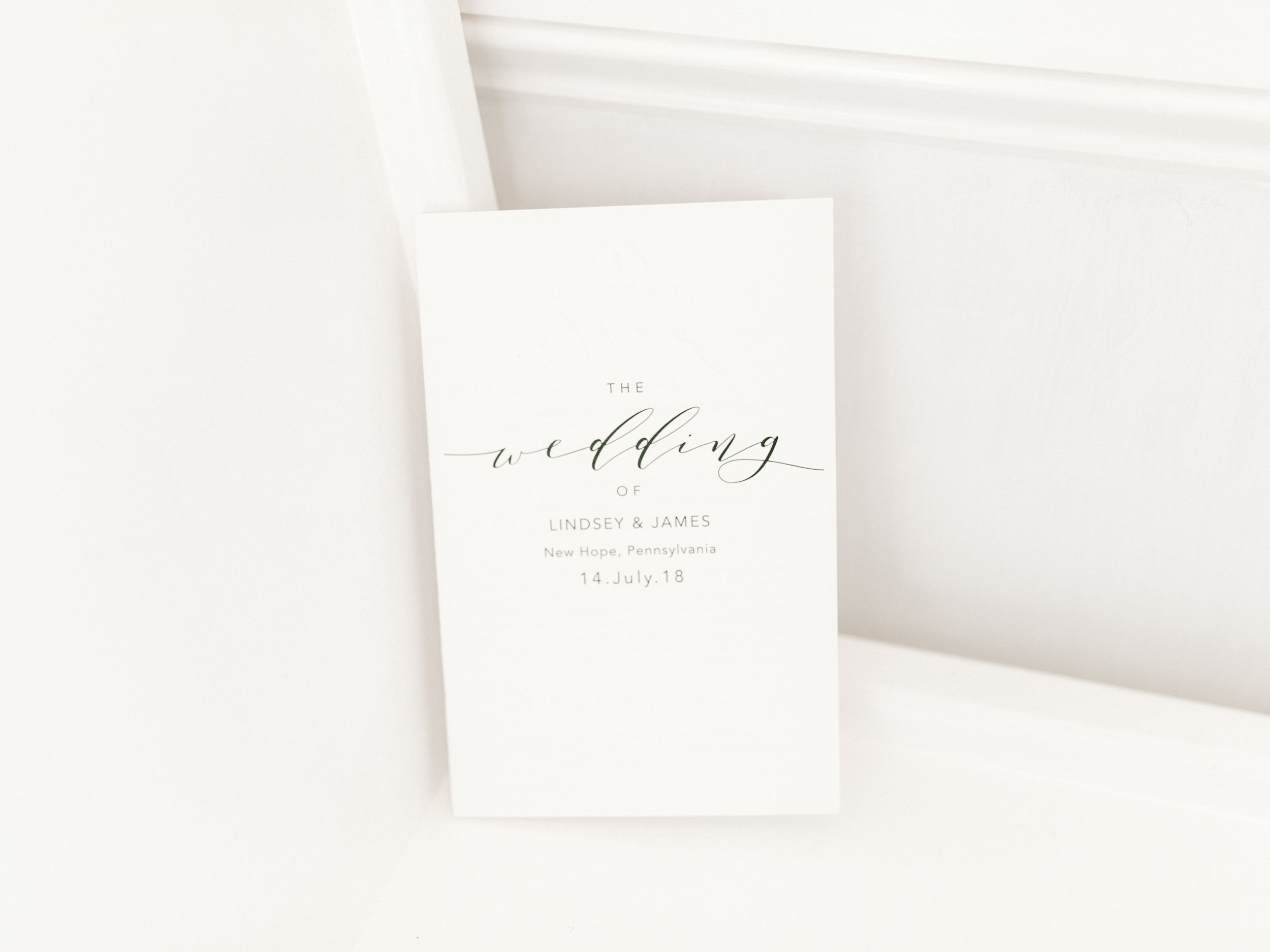 Simple in black and white, we love this minimal look for a wedding program for a modern wedding.