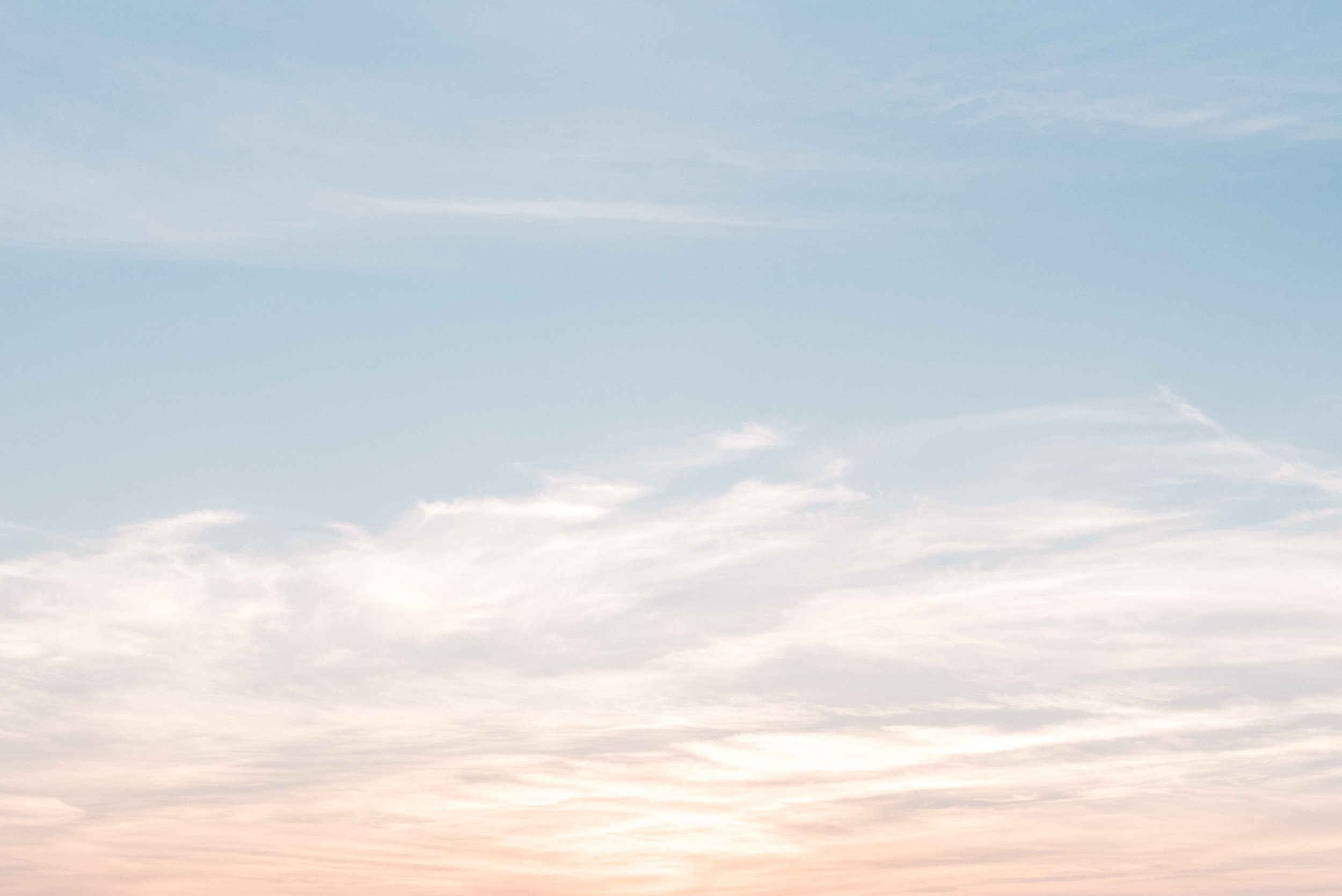 We love capturing a beautiful ethereal sky on your wedding day, setting the mood and sending you back in time.