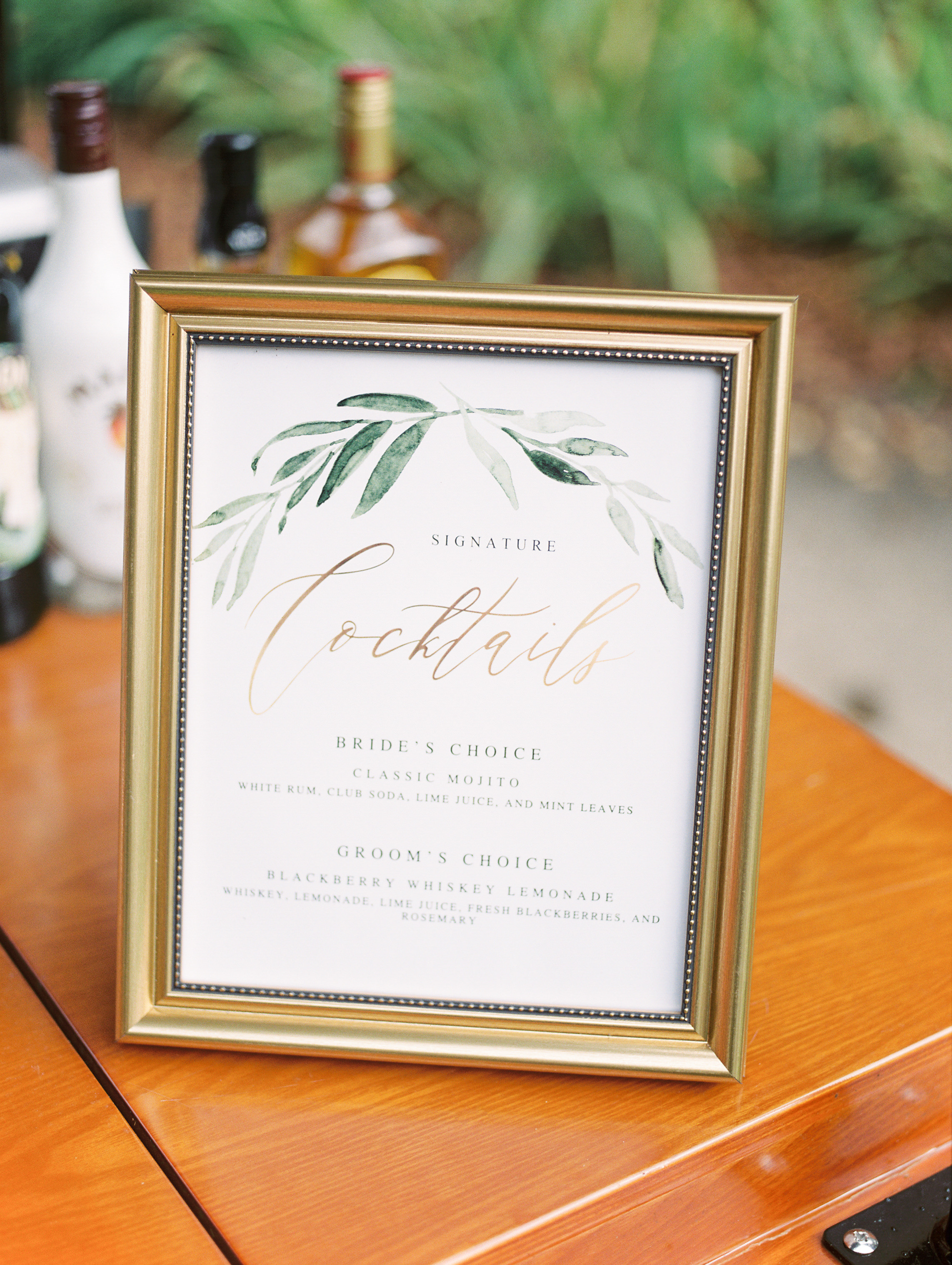 We loved the simple and elegant signage with leaf motifs from this bright boho chic Tyler Gardens wedding in Bucks County