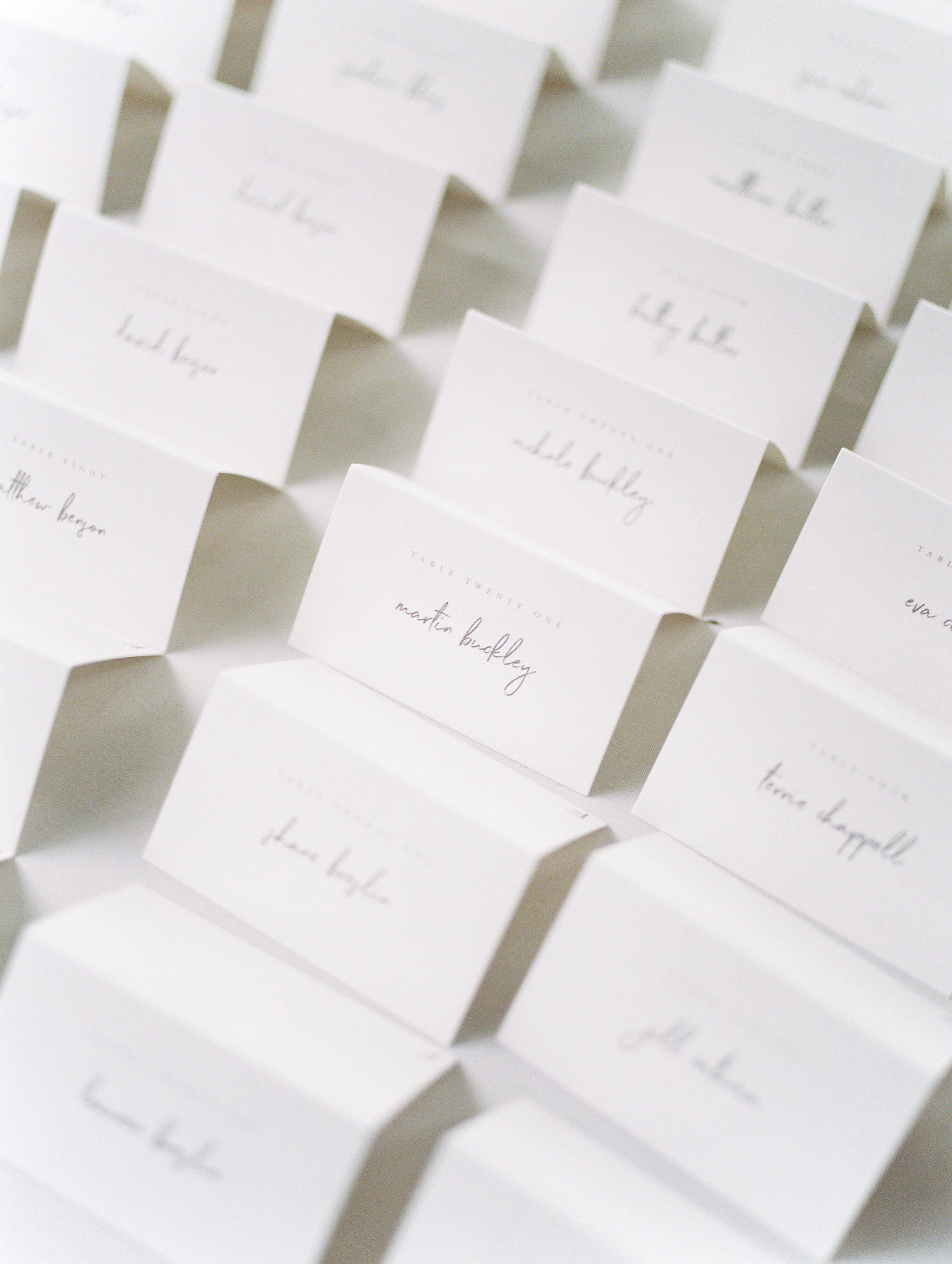 Super simple and elegant minimalist place cards add a touch of modern to this bright boho chic Tyler Gardens wedding in Bucks County