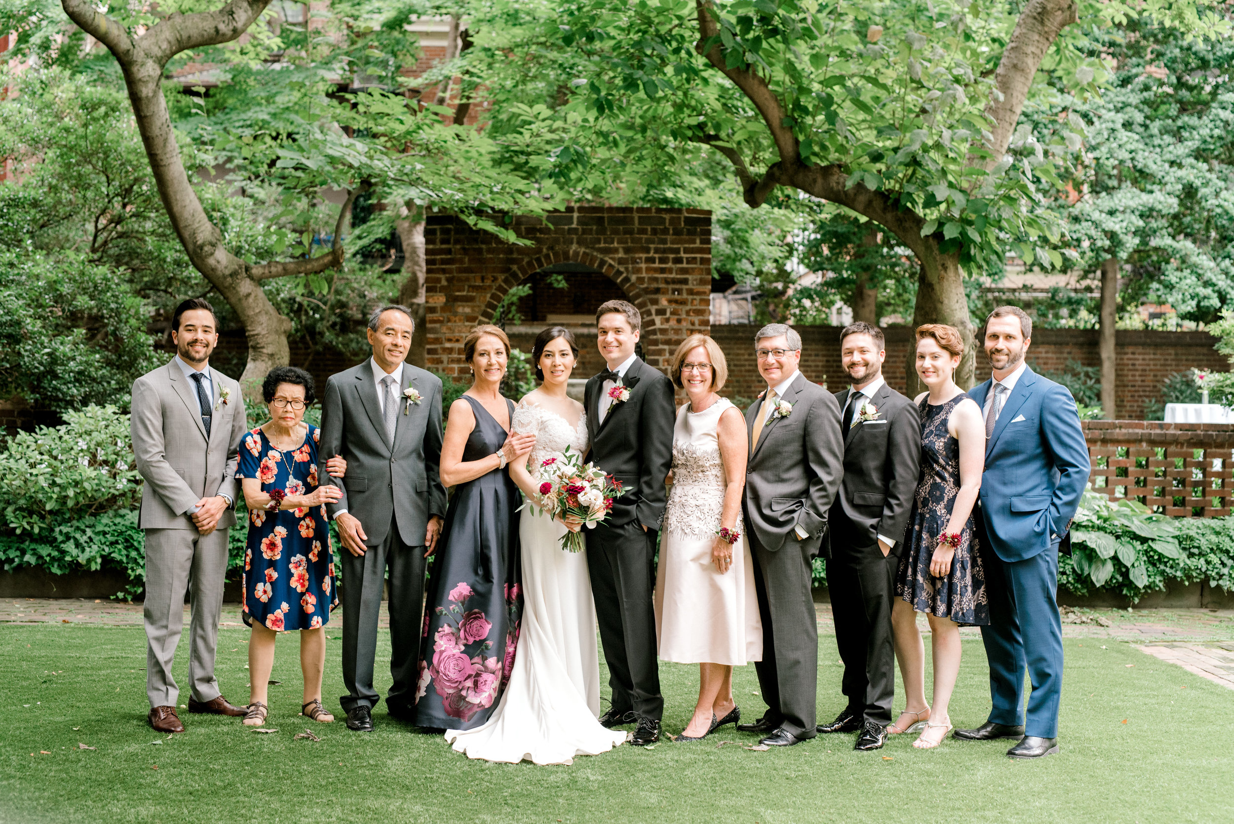 haley-richter-photography-colonial-dames-philadelphia-summer-garden-wedding-133.jpg