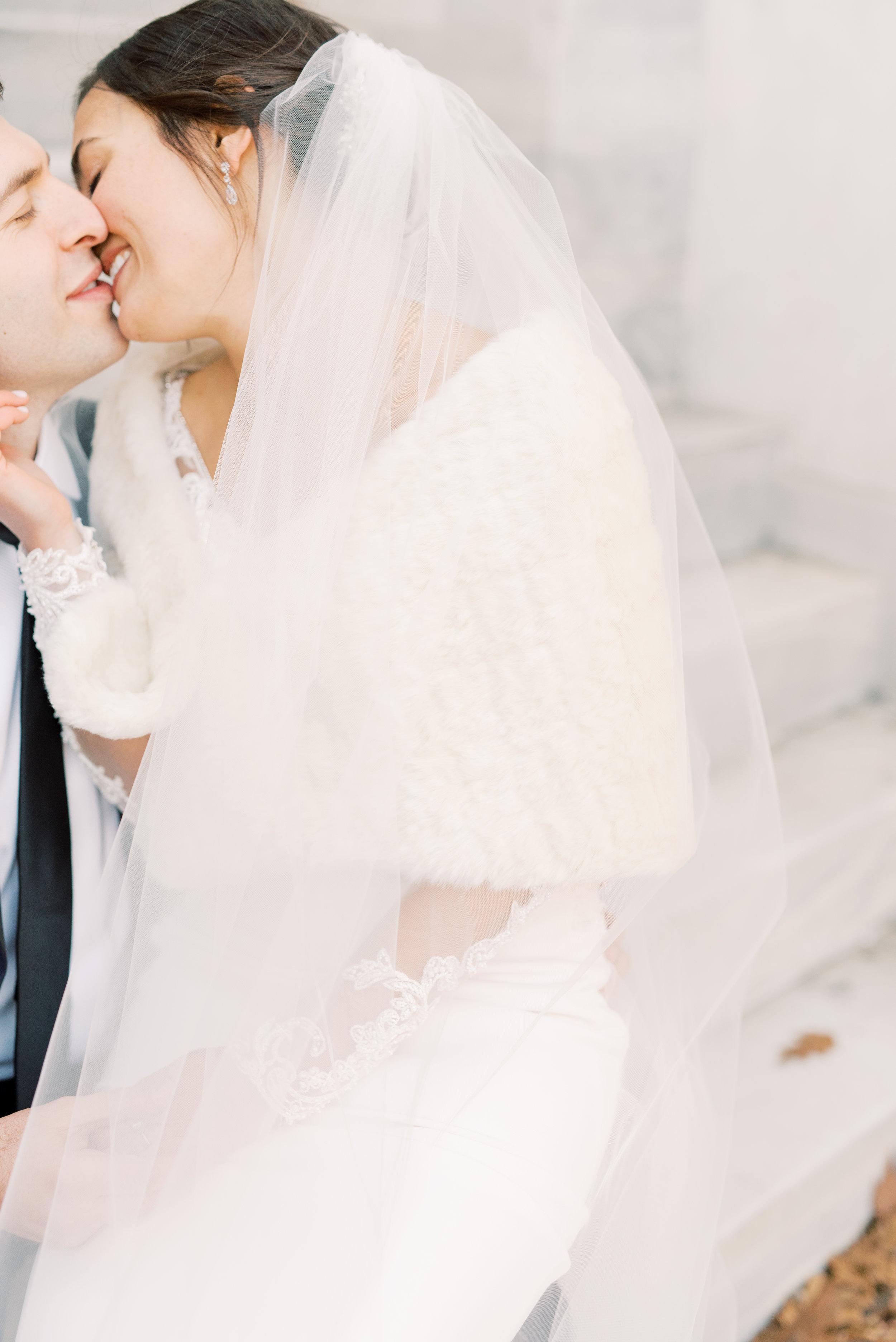 haley-richter-photography-classic-winter-union-trust-philadelphia-wedding-076.jpg