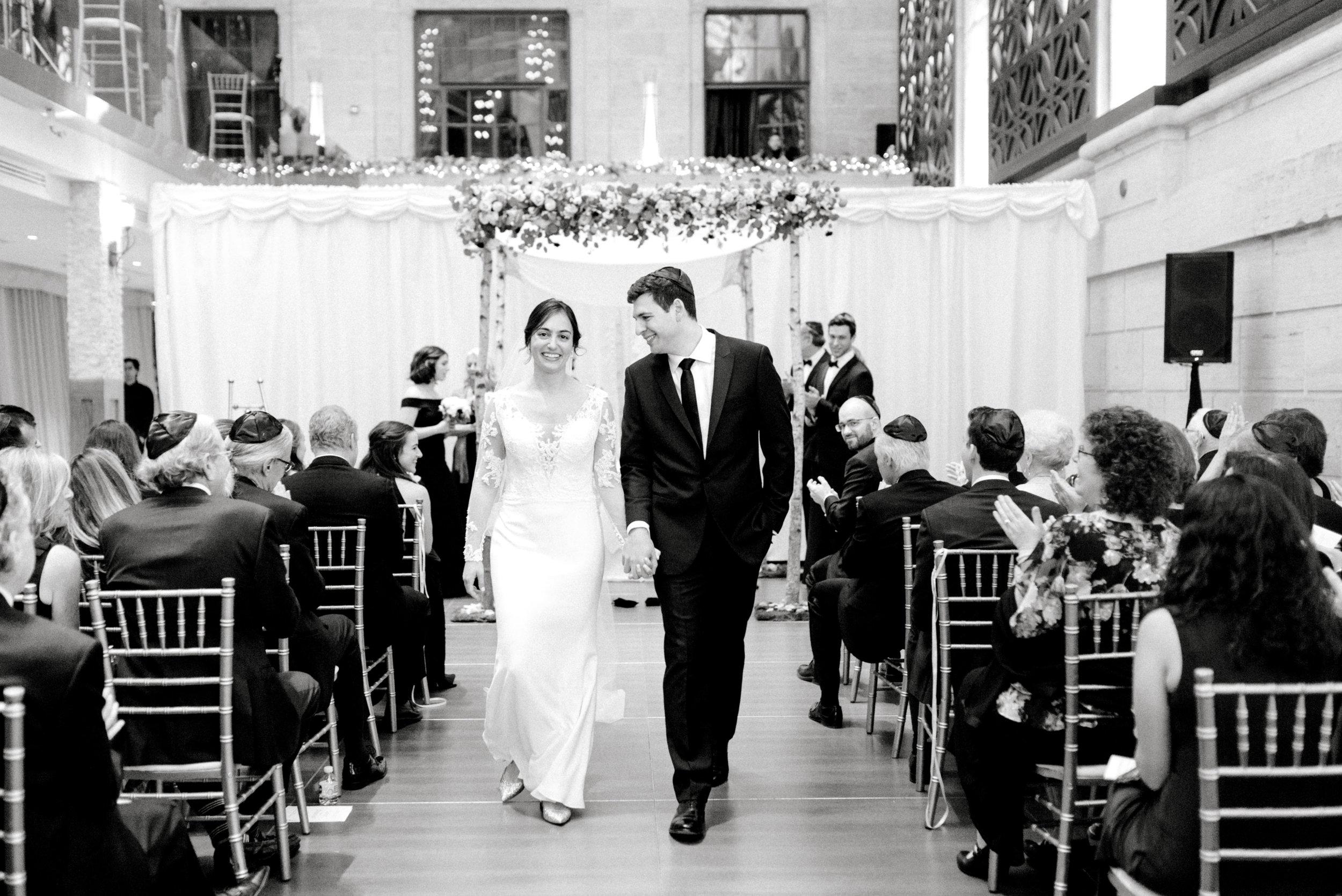 haley-richter-photography-classic-winter-union-trust-philadelphia-wedding-090.jpg