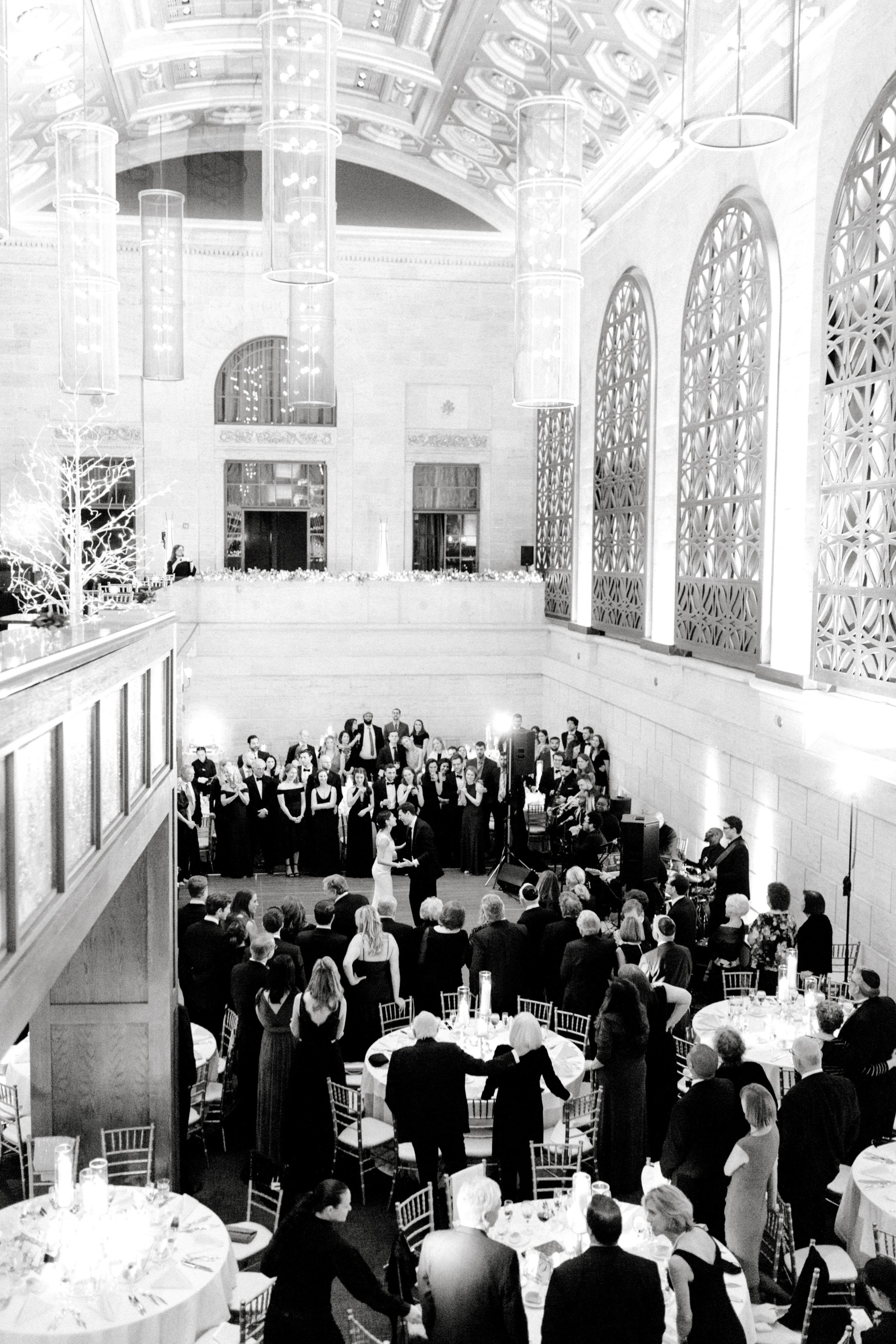 haley-richter-photography-classic-winter-union-trust-philadelphia-wedding-098.jpg