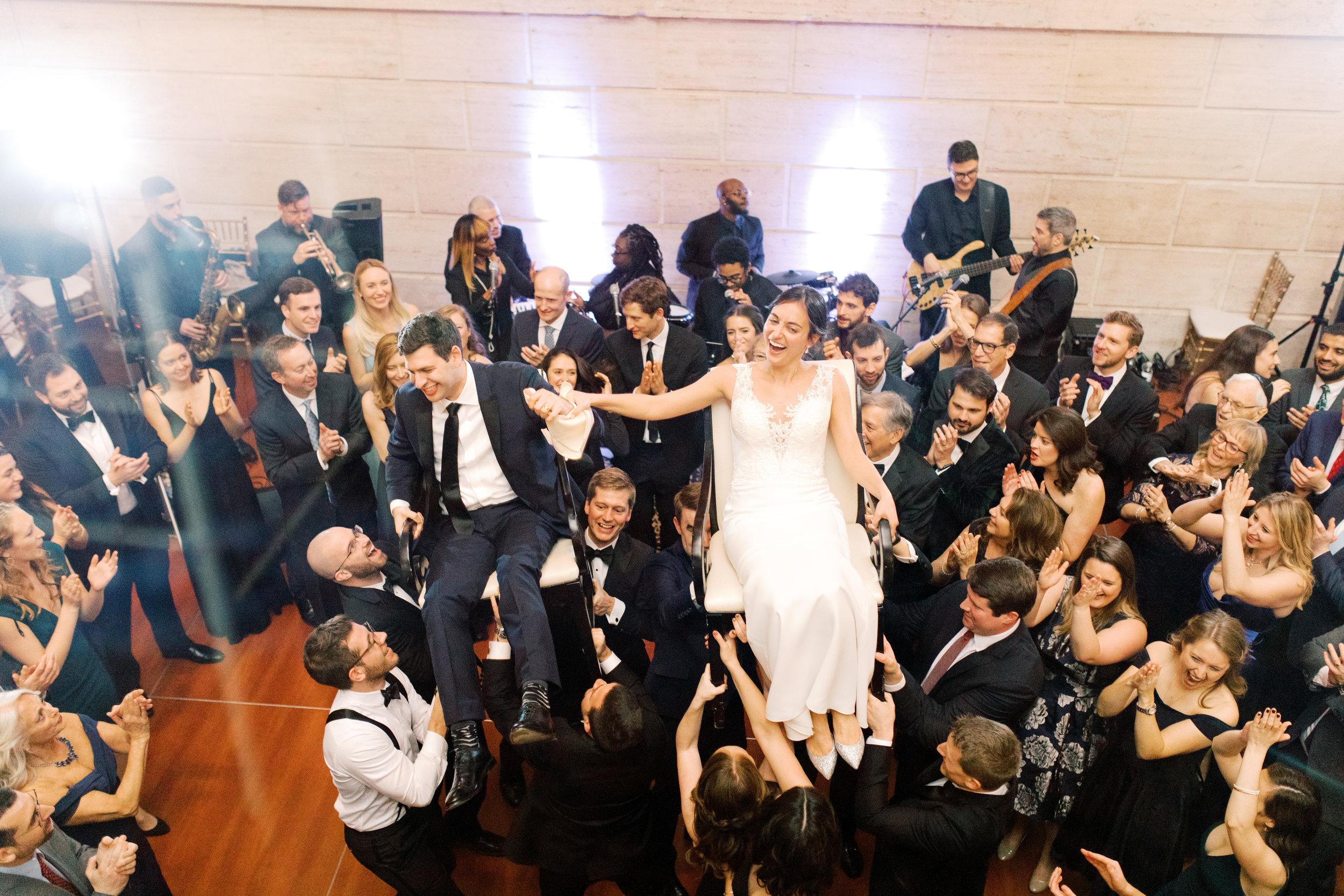 haley-richter-photography-classic-winter-union-trust-philadelphia-wedding-100.jpg
