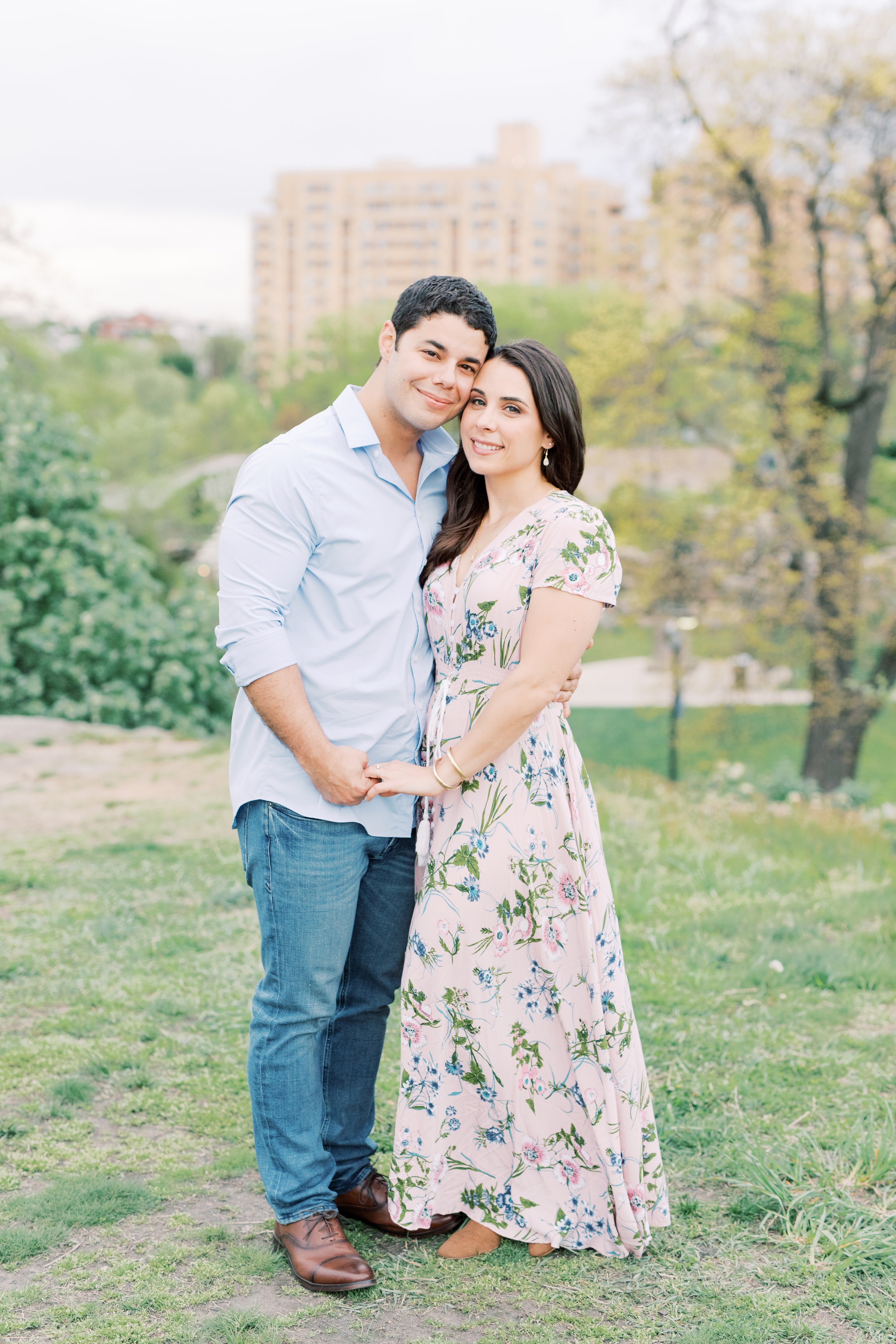 haley-richter-photography-spring-engagement-session-philadelphia-museum-of-art-flowers-picnic-70.jpg