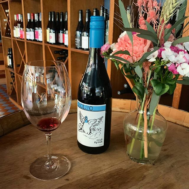 We're so excited to be stocking, and drinking, @sholtowines award-winning Syrah! Now available on our menu 😎