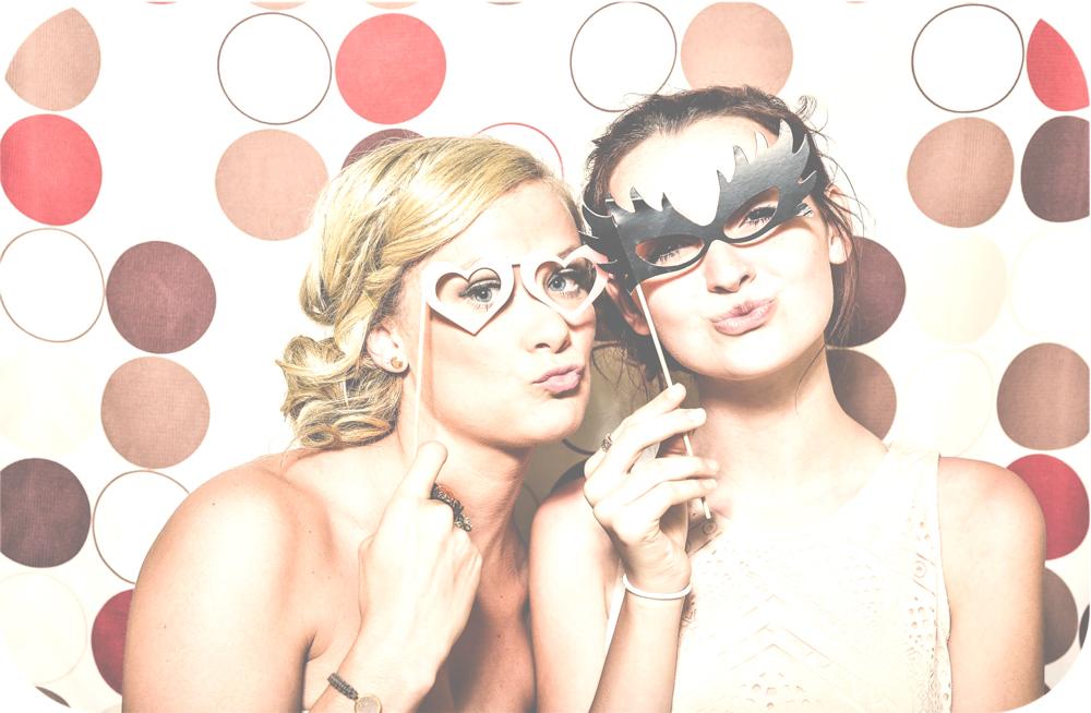 photoboothgirls.jpg