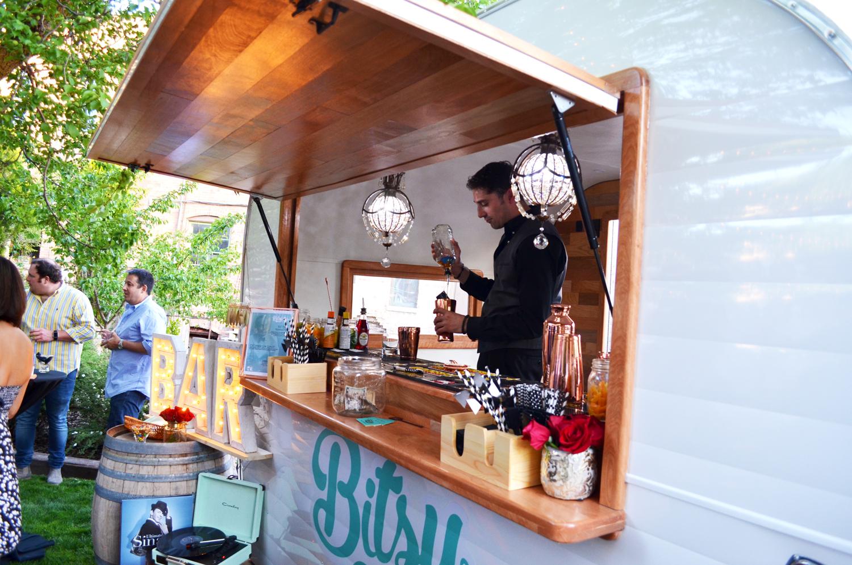 bartenderbitsy2.jpg