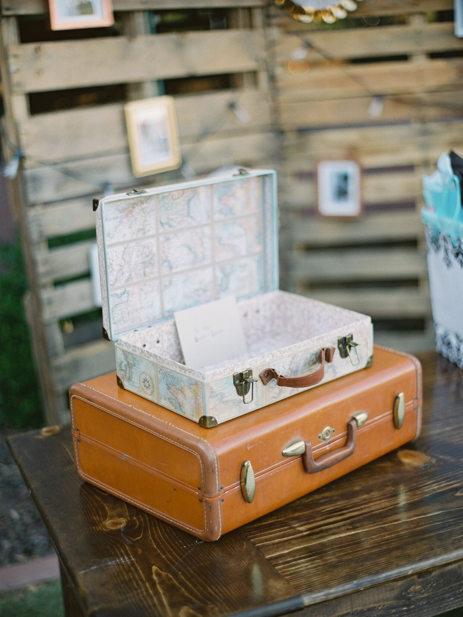Leo+Britt Wedding Final-486_preview-min.jpg
