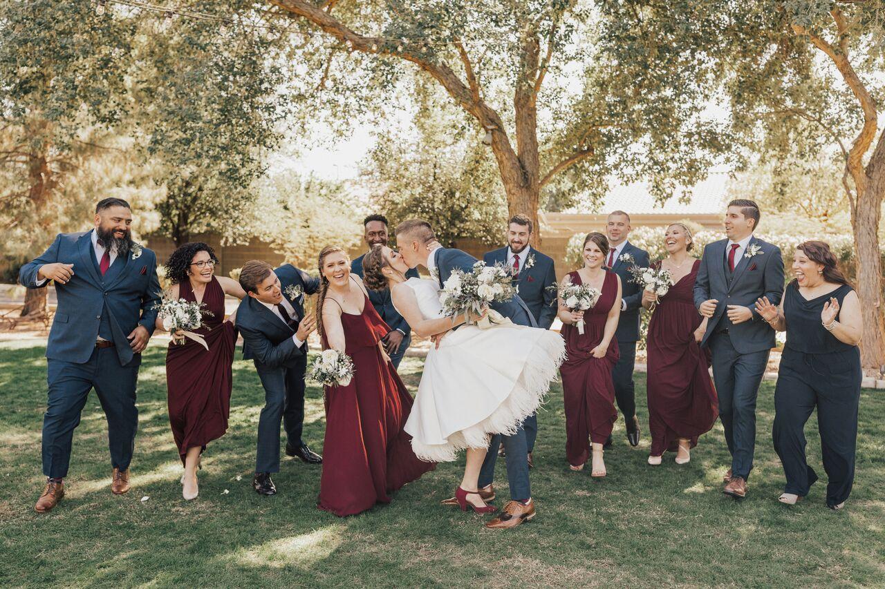 BridalPart_Kiss_Wedding_Fun