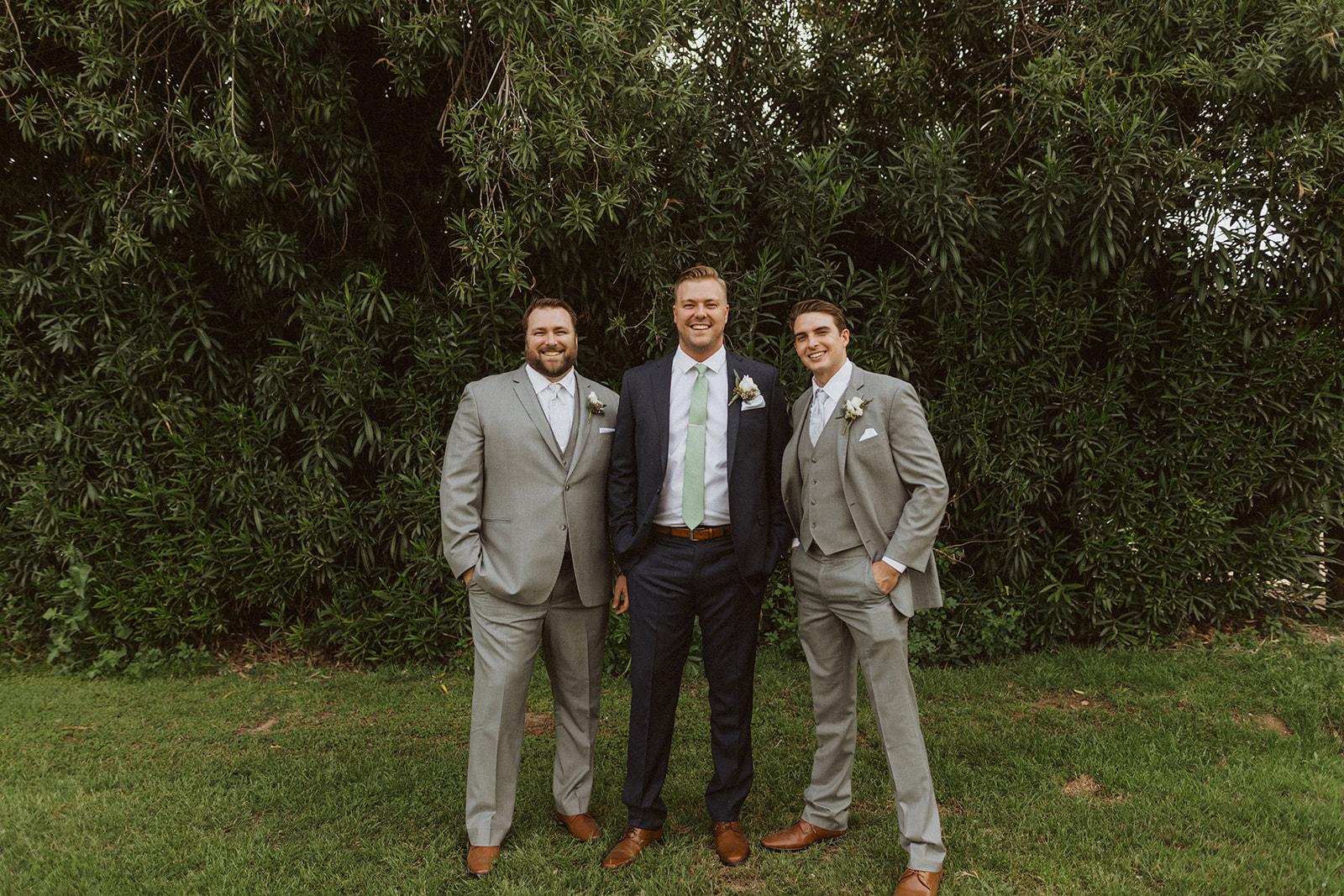 groomsmen_outdoor_portrait.jpeg