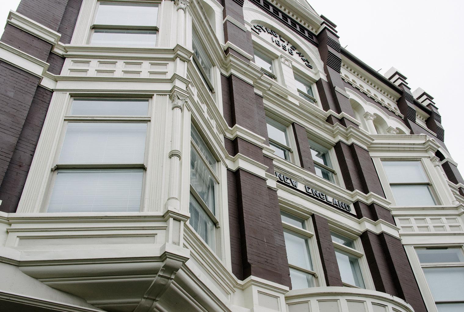 deHoog&Kierulf_victoria_architect_newengland.jpg