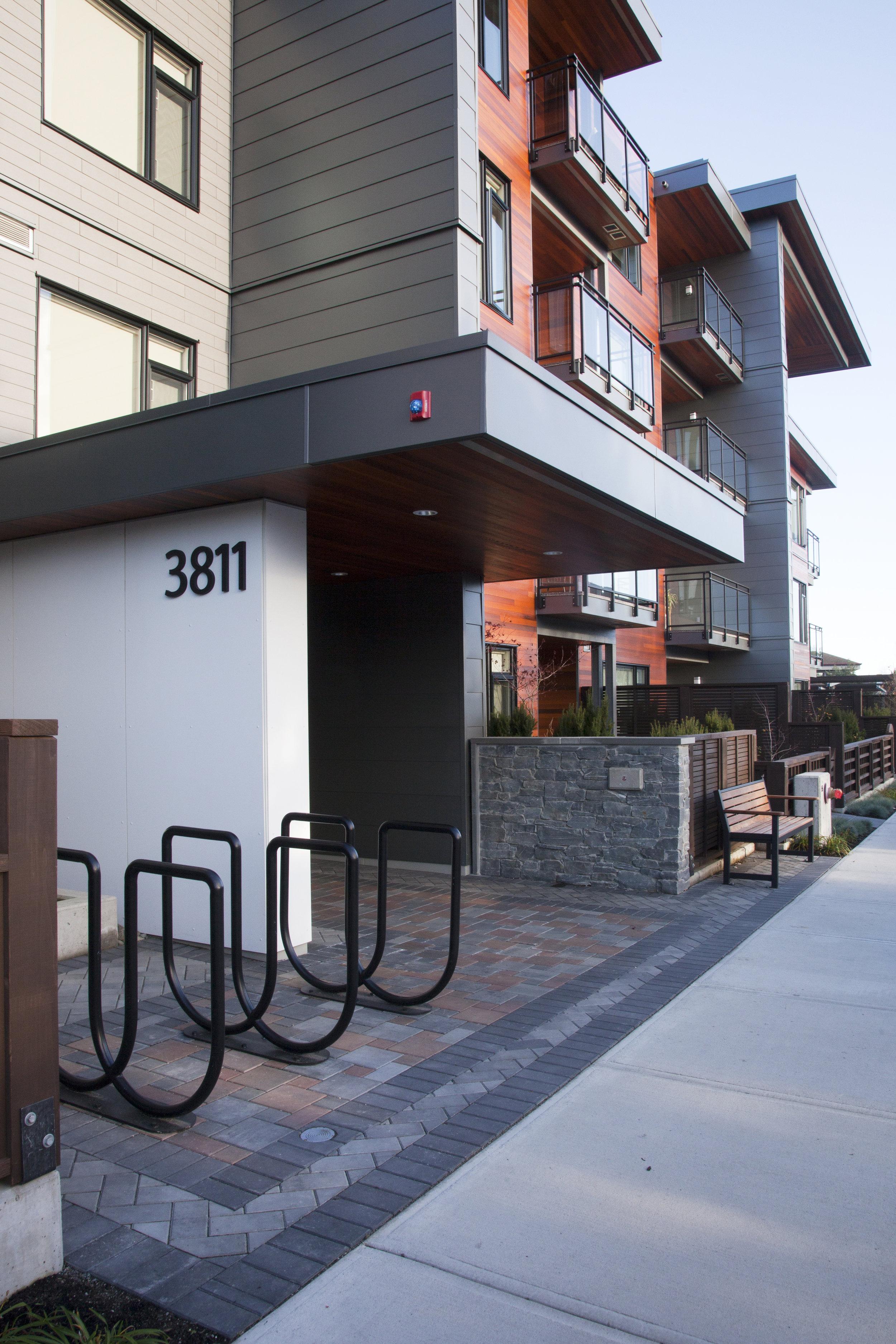 deHoog&Kierulf_victoria_architect_UptownPlace4.jpg