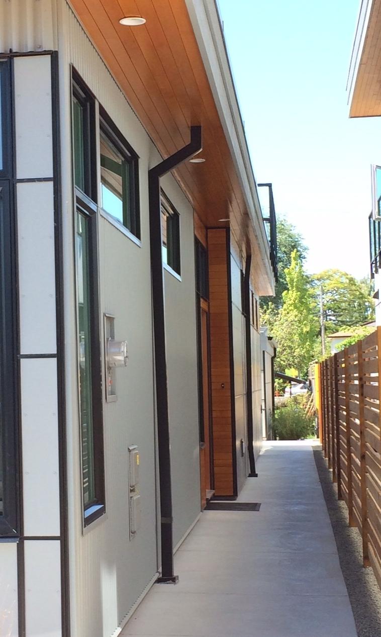 deHoog&Kierulf_victoria_architect_SidneyTownhomes4