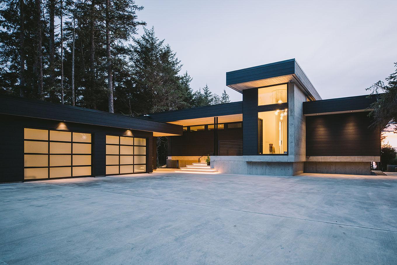 Private Residence  Tofino, BC 2018