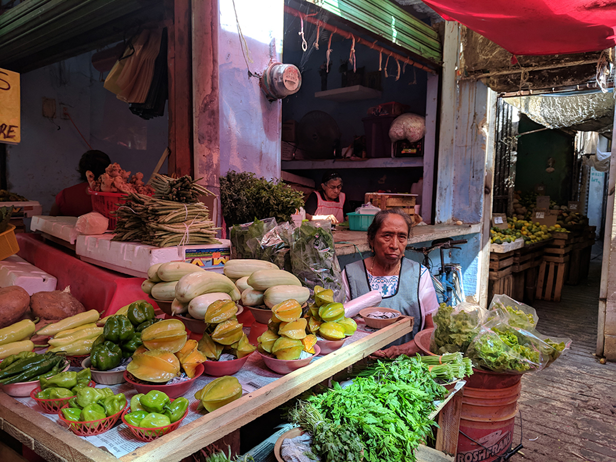 W4_Woman at the market.jpg